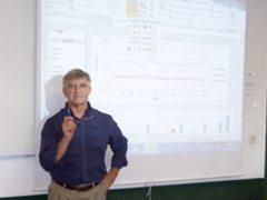Entrevista al profesor Roy Alvárez