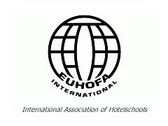 La junta directiva de la asociación internacional de directores de escuelas de hotelería (EUHOFA International) se reúne en Sant Pol.