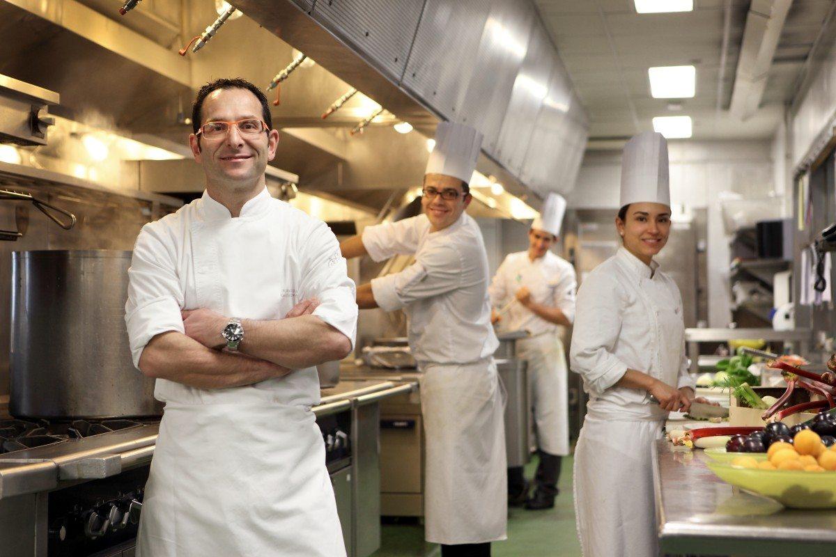 Atractivo Reanudar Chef Ejecutivo Objetivo Fotos - Colección De ...