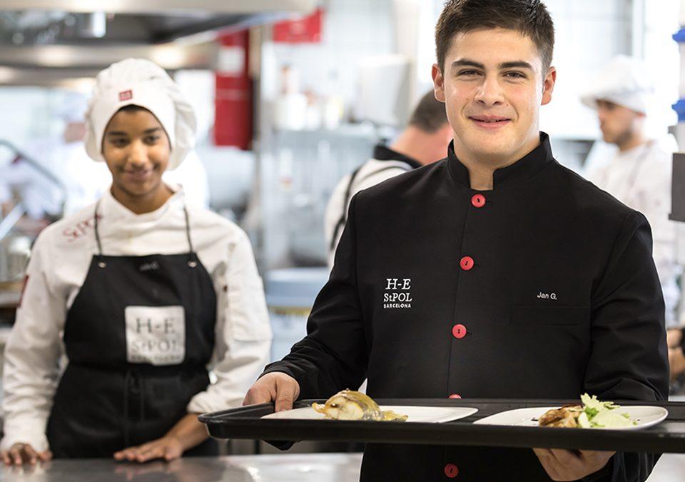 Grado medio en cocina y restauración Hotel-Escuela Sant Pol de Mar