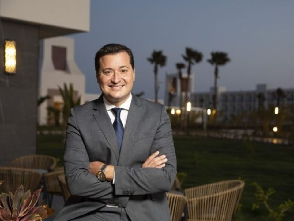 Yeray Zurita studied the Master in Hospitality Management at EUHT StPOL and now he is the General Manager of the biggest RIU hotel worldwide.