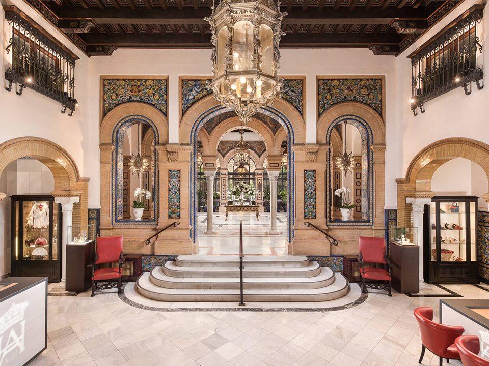 El Hotel Alfonso XXIII de Sevilla es uno de los hoteles históricos más emblemáticos del mundo